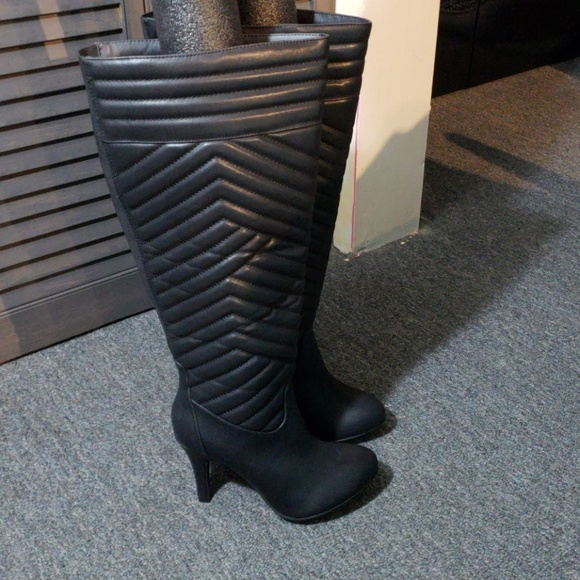 23825598220 Quilted Over Knee Boots